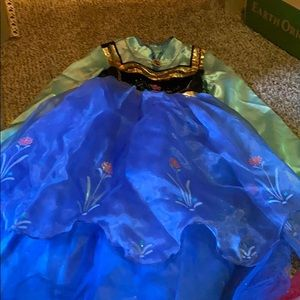 Girls Disney size 7/8dress